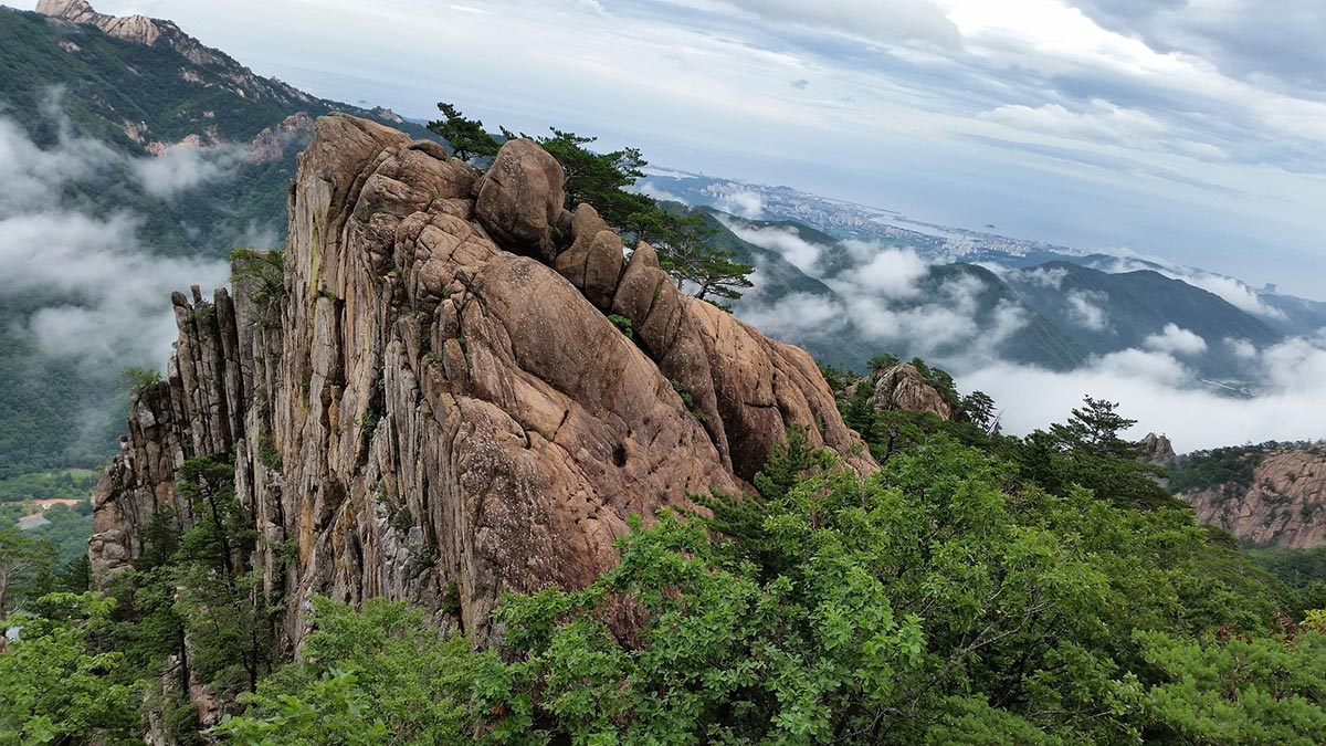 Seoraksan National Park Summer